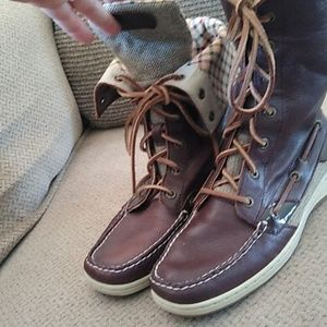 Like new  Sperry's...